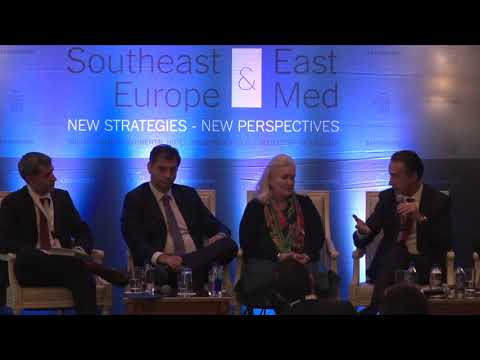 B 17 SESSION IV UNLEASHING THE POTENTIAL OF GREECE'S ECONOMY AND THE TOURISM SECTOR