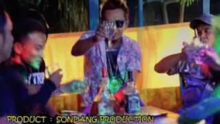 Video Dhut Mix [Taufiq Sondang] - Sebotol Minuman download MP3, 3GP, MP4, WEBM, AVI, FLV Juni 2018