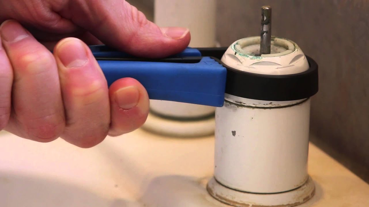 How to fix Delta Kitchen Faucet Drip Repair Sippy - YouTube
