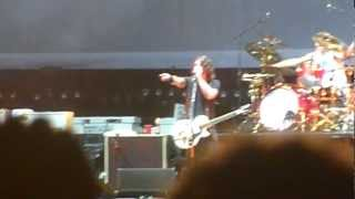 foo fighters dave grohl pwns a belfast girl and breakout live t vital belfast 21 08 12 hd