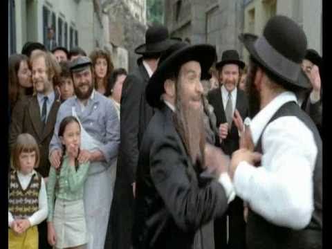 Rabbi jacob danse louis de funes youtube for Dans rabbi jacob