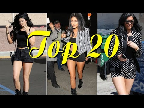 Top 20 Celebrities Who Loves Wearing Short Shorts So Much - [Hot news 247]