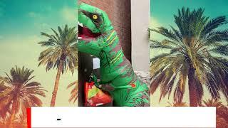 Динозавр в офисе