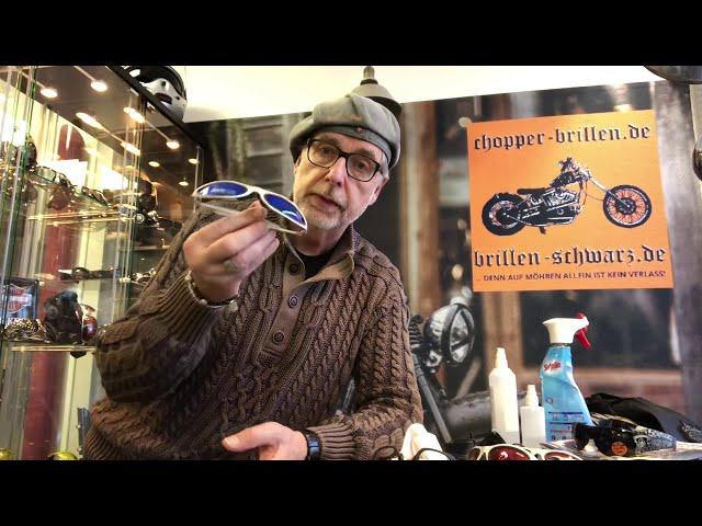 Bikerbrillen bzw. Chopperbrillen heute zum Thema: Achtung! ⚠️ Reinigung der Brillen ⚠️