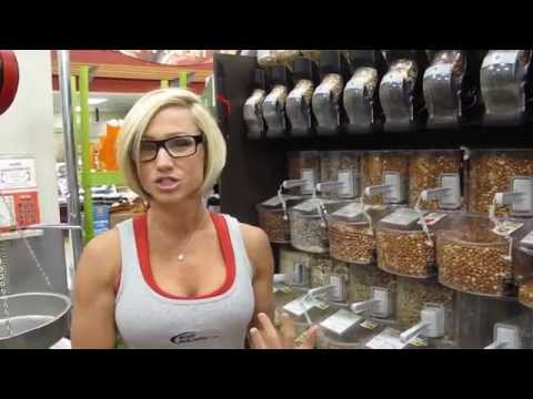 Shopping With Jamie Eason At The Grocery Store - Bodybuilding.com
