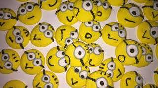 Minion toppers tutorial step by step  royal icing recipe  How to make royal icing minion toppers