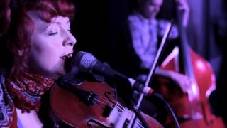 Great Lake Swimmers - Easy Come Easy Go (from Vancouver Aquarium)