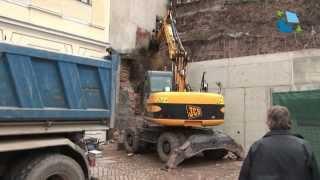 Opravy zdí u Adalbertina jedou v plném proudu