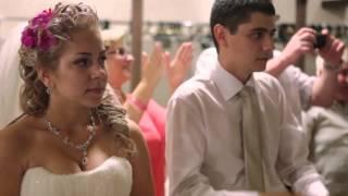 мама поёт на свадьбе