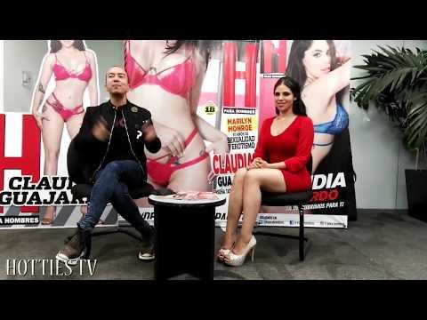 A Claudia Guajardo se le cae arete entre las TETAS y se levanta todo el vestido (PARODIA HD)