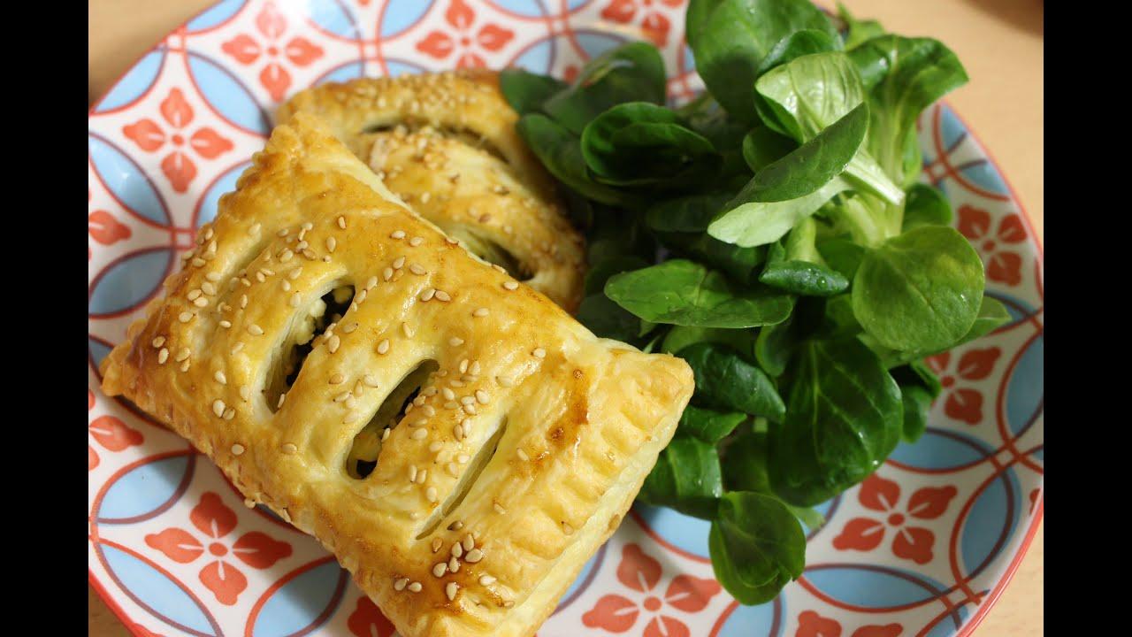 Blätterteigtaschen mit spinat und feta
