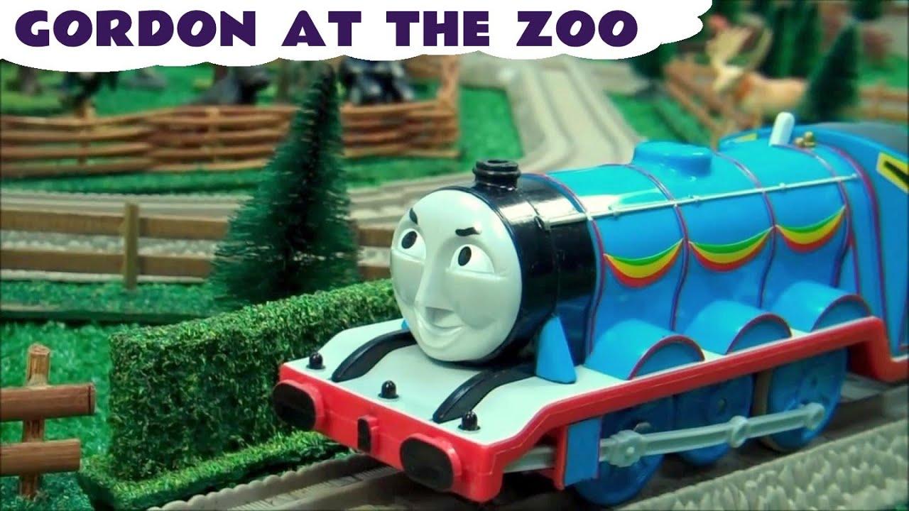 Thomas and Friends Gordon At The Zoo Toy Train Animals Thomas Y