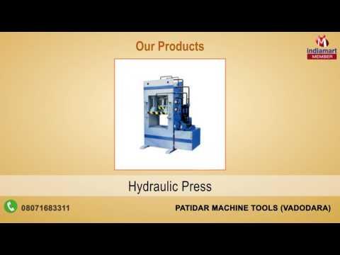 Plastic Injection Moulding Machines By Patidar Machine Tools, Vadodara