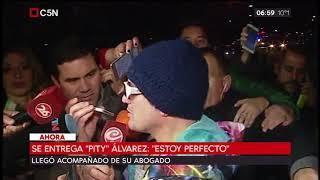 Se entregó Pity Álvarez en la comisaría 32