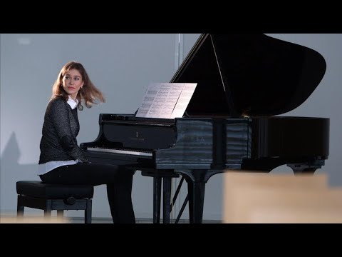 Anna Sutyagina plays Sky in Motion by Arthur Breur