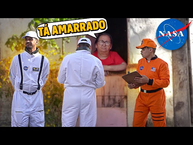 FUI VESTIDO DE NASA NA CASA DAS PESSOAS CONVOCA-LÁS PRA LUA