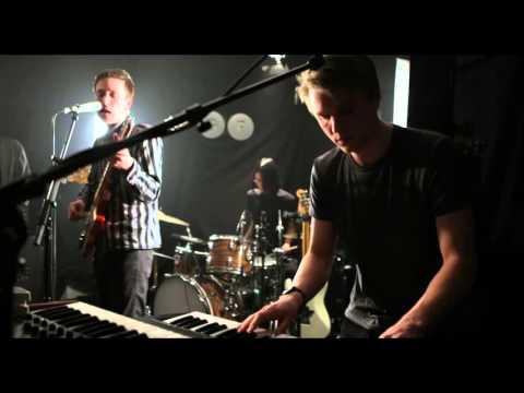 Teleman - Glory Hallelujah (Live at Gunfactory  Studios)