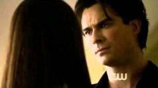 Scène Damon Elena Vampire Diaries saison 2 épisode 8