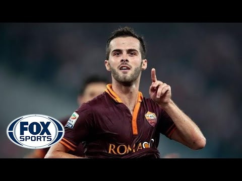 Pjanic scores from distance to pull one back for Roma - FOX Sports  - AkdtsgFhsd8 -