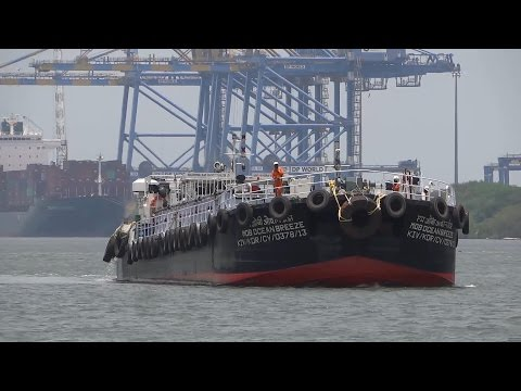 KSINC Petroleum Barge MOB OCEAN BREEZE - Full HD (1080p)