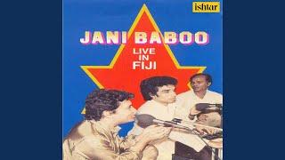 Woh Ek Bholi Si Ladki Hai (Live)