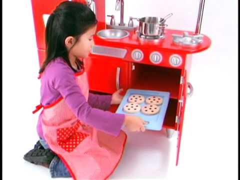 Cocina de juguete de madera estilo retro en eurekakids for Cocina de juguete