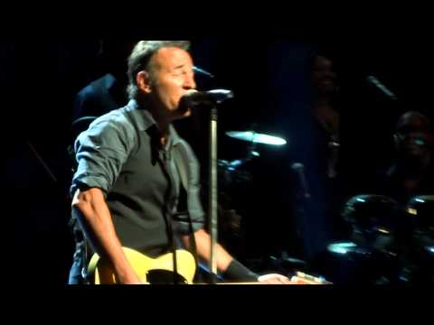 Bruce Springsteen We take care of our own Paris 04-07-2012 HD multicam