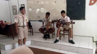 Video Lungset - Haidar Arrizal (Kelas IX-A SMPN 1 Bandung Tulungagung) download MP3, 3GP, MP4, WEBM, AVI, FLV Desember 2017
