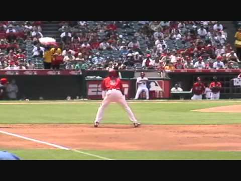 Domonic Brown - OF - Philadelphia Phillies - Futures Game 2010 - Wide Turn Almost Leads to Disaster