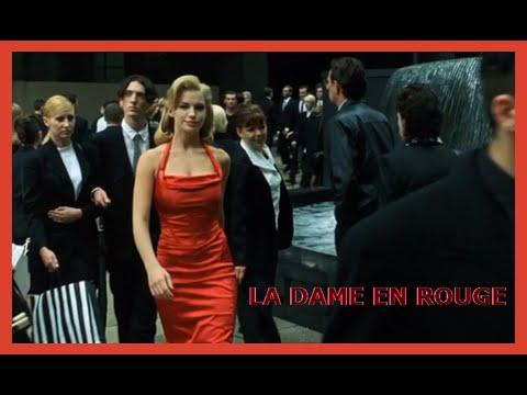 Actrice femme robe rouge matrix