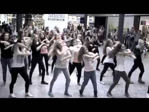 Flashmob Stucki 26 10 2013  Fantasy dance school Oberwil