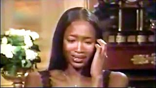 Gambar cover Naomi Campbell Cries After Hearing Versace's Murder