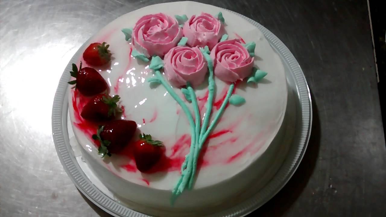 Tortas decoradas com chantilly. - YouTube