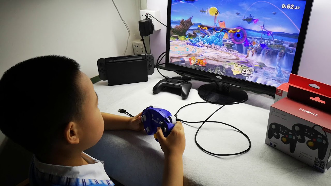little user is trying Exlene Bluetooth version wireless gamecube controller  switch