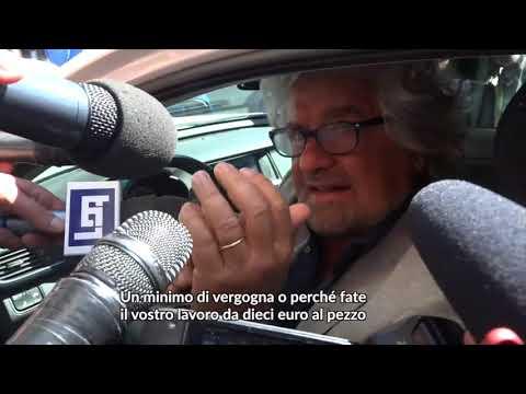 """M5s, Grillo contro i cronisti: """"Vi mangerei per il gusto di vomitarvi"""""""