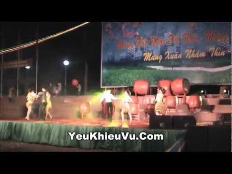 Khieu Vu Dem Giao Thua 2012 - Vu Dieu Mambo - YeuKhieuVu.Com