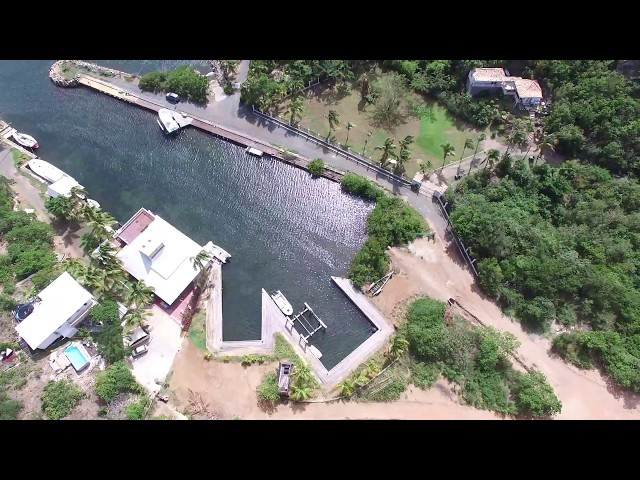 Villa for sale in gated community Terres Basses with Marina in Terres Basses