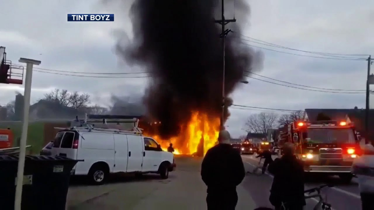 Fire Breaks Out At Milwaukee Furniture Store Viewer Video