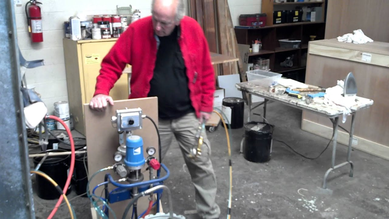 Kremlin Air Assisted Airless Rig With Materials Heater
