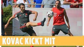 Trainer spielt selber mit: Niko Kovac zeigt es seinen Bayern-Stars