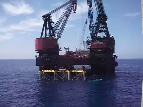 Plataforma Semisumergible |  Semi submersible platform