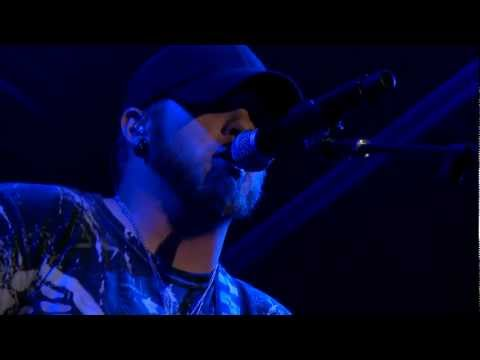 Brantley Gilbert - Country Must Be Country Wide - Interview & Performance