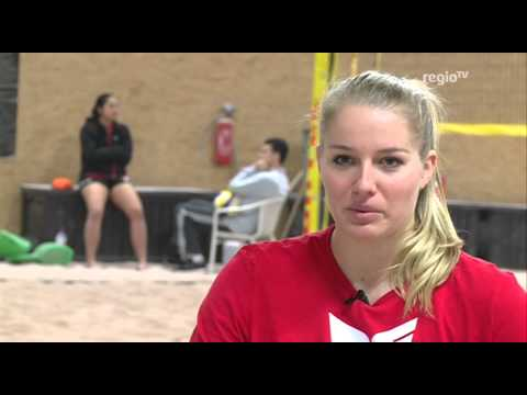 Ab in den Sand - Allianz MTV Stuttgart Mädels beim Beach Volleyball