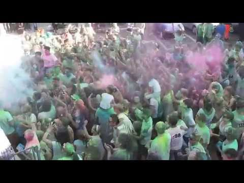 Musica Dance The Color Run Ragazzi che Ballano Estate 2015