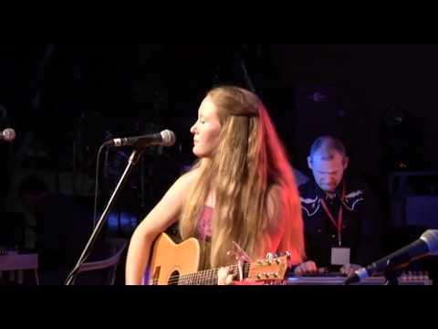 Kate Linke at Boyup Brook Festival