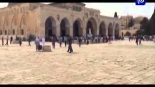 شرطة الإحتلال تسمح للمصلين من كل الاعمار بدخول المسجد الأقصى