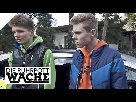 Fies gemobbt: Kleiner Junge von Teenagern festgehalten | Die Ruhrpottwache | SAT.1 TV
