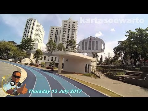 Lapangan Gasibu Gedung Sate - Bandung 2017 (Udjo Angklung Music)