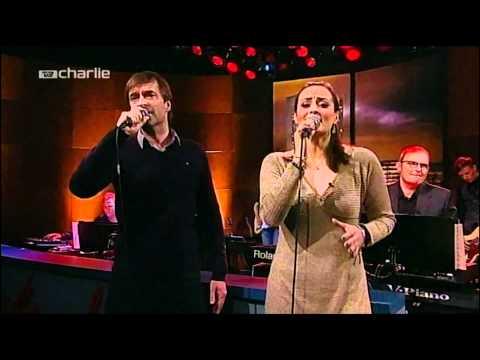 Martin Brygmann & Julie Bertelsen  Jesus og Josefine