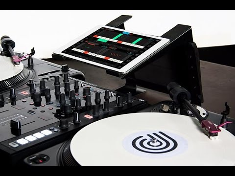 D.BEAM scratch routine using CONDUCTR 2, Traktor & Ableton Live iPad controller.